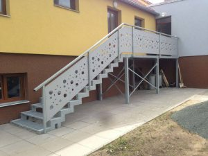Zábradlí a schodiště - MŠ Žlunice
